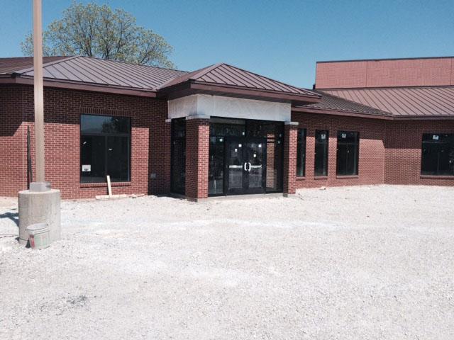 St John S Lutheran School Red Bud Il Quaker Windows Manko Commercial Door System